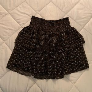 Old navy printed tiered skirt very pretty L